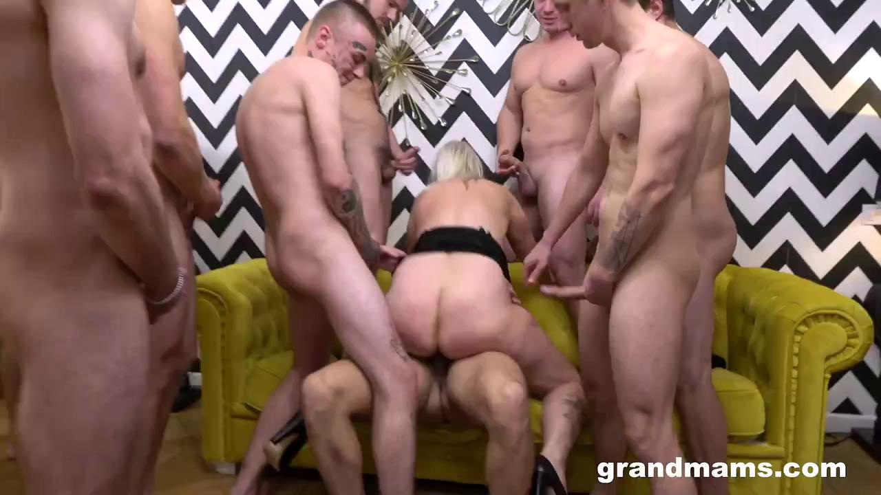 Sperma Gangbang With Mature Monique GrandMams